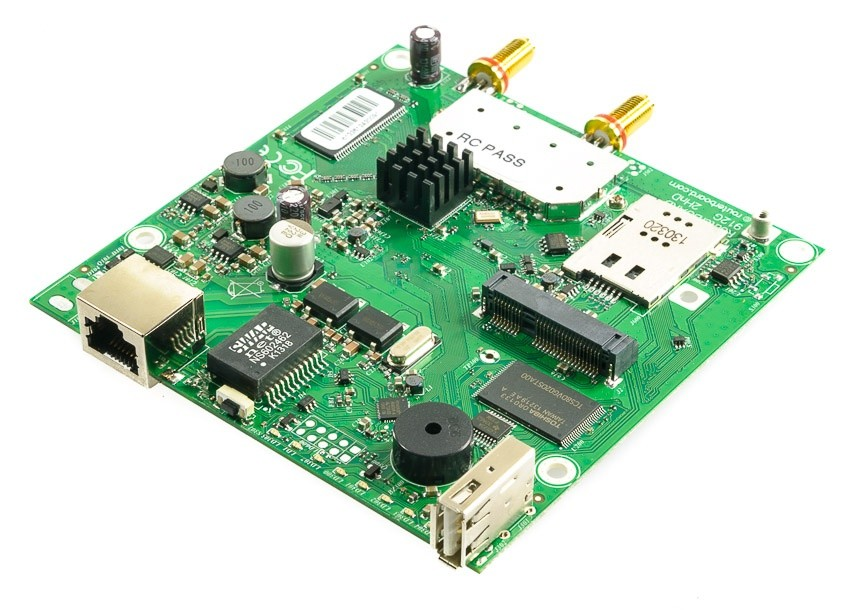 MikroTik RouterBOARD RB912UAG-2HPnD-OUT, 2GHz, 2x RP-SMA